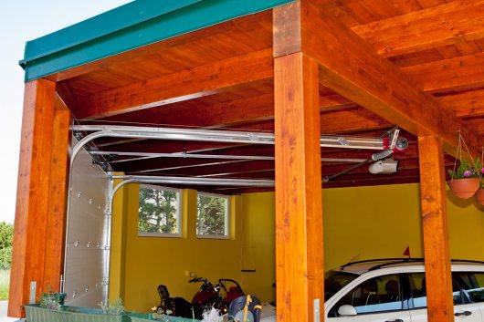 Kreiseder Holzbau: Carports und Garagen